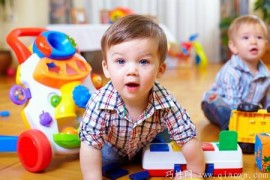 为了宝宝更聪明,不要给他买太多玩具